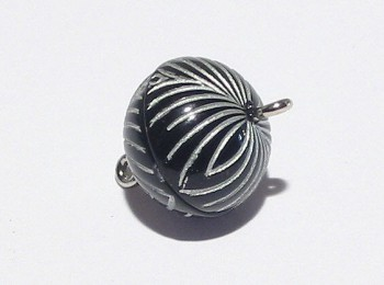Magnetverschluss 14 x 12 mm, schwarz - silber mit Gravur