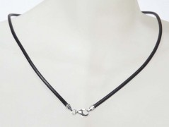Kette Leder 1,5 mm schwarz mit Karabiner 925 Silber
